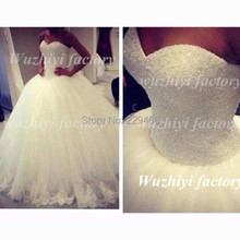 Real Image White Pearl Beaded Sweetheart Tulle Ball Gown Wedding Dresses Lace Applique Edge Corset Gown With Trains