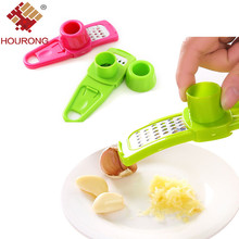 Hourong 1Pc Plastic+Stainless Steel Grinding Garlic Presses Kitchen Gadgets Accessories Cooking Tools Chopper Cutter Hand(China)