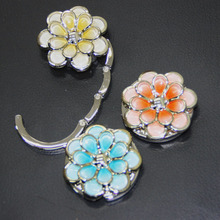 Free Shipping Metal Foldable Bag Purse Hook Bag Hanger/Purse Hook/Handbag Holder Shell Bag Folding Table Multicolor Flower