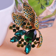 Vintage Dark Green Flower Corsage Antique Gold Color Pink Big Water Drop Crystals Brooches Butterfly Shape Women Brooch Pins Up