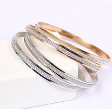2017 new Korean fashion wholesale single round frosted rose gold bracelet women Free shipping gifts (Single price)