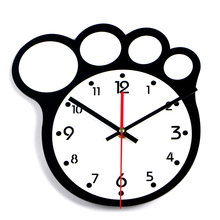 2017 Large Bear Paw Wall Clock Black White Number Clock Silent Home Decoration Acrylic Wall Watch Living Room Relogio De Parede(China)