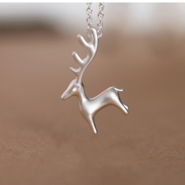 JEXXI-Simple-Cute-925-Sterling-Silver-Elk-Necklace-for-Women-3D-Animal-Pendant-Choker-Necklaces-Summer (2)