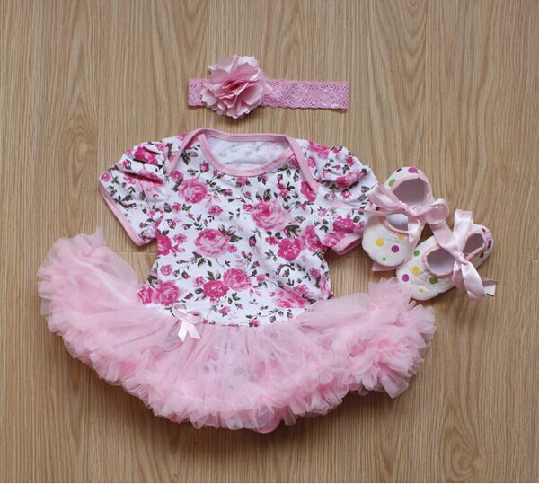 2017 3pcs Rose Flower Newborn Baby Lace Rompers Baby Girls Dress Jumpsuit Outfits Clothes Babe clothing sets<br><br>Aliexpress