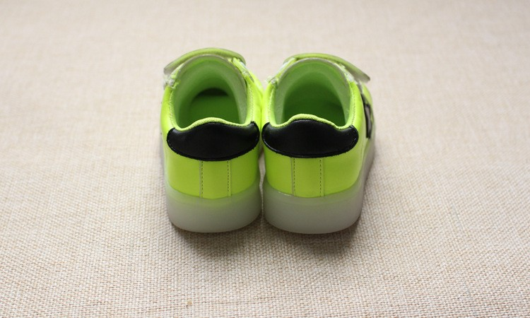 New 17 Cool LED lighted fashion new brand breathable children shoes cute little baby girls boys shoes kids sneakers 13