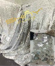 2pcs 108inch Round Silver Sequin Tablecloth wholesale Wedding Beautiful Sequin Table Cloth / Overlay /Cover (Champagne)