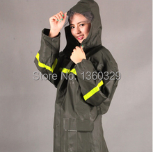 Labor Protection Burberry_ men Woman Raincoats Waterproof Rain Coat Pant Thickening Reflective Motorcycle Boys Girls Clothes(China)