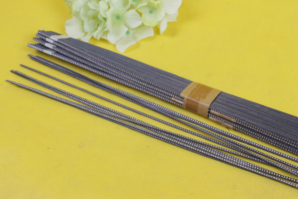 LUTHIER PURFLING 66# 40 strip LUTHIER PURFLING BINDING MARQUETRY INLAY New Guitar Parts Size : 640 x 2.5 x 1.0mmmm<br>