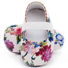 Hot sell floral style soft sole pu leather baby girls dress princess shoes baby moccasins mary jane shoes first walkers(China)