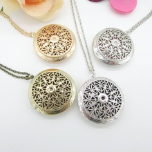 Vintage Style Nice Look Hollowed Design Fashion Lady`s Essential Oil Necklace DIY Aroma Fashion Jewelry