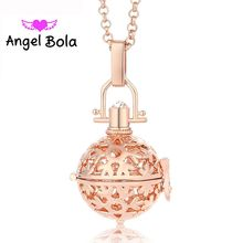 Angel Bola Aromatherapy Snowflake Christmas Pendants Perfume Box Essential Oil Cage Women Necklaces Pendants Jewelry L005