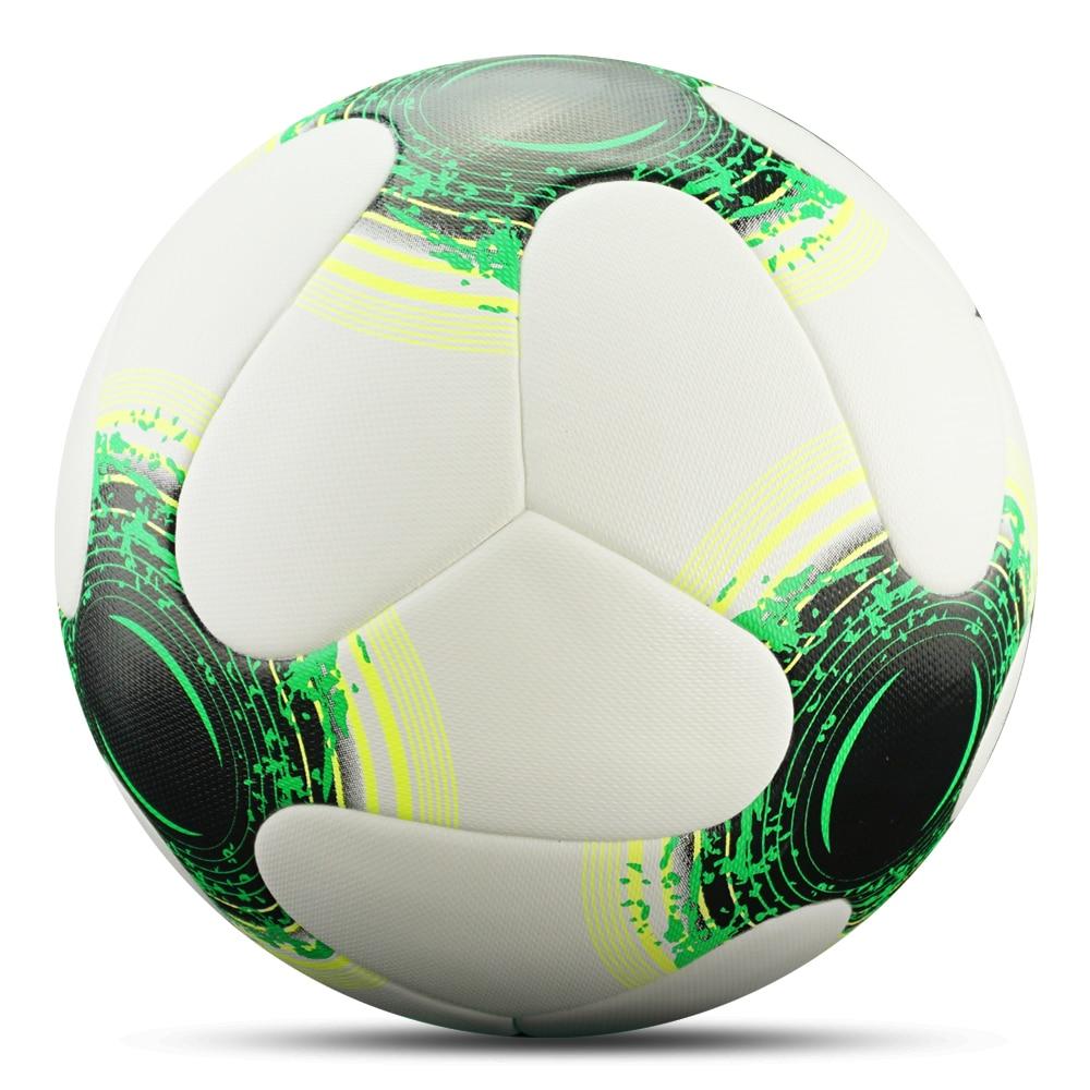 كرة قدك حجم 4 و حجم 5 5
