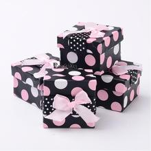 Valentines Day Cardboard Jewelry Gift Boxes, Ring Packing Boxes, Polka Dots Pattern, Square, Black, Size: about 5cm wide, 5cm