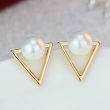2016 Girl Simple Studs Earings Fashion Jewelry Triangle Pearl Earrings Brincos For Women Gold Perle Boucles D'oreilles Femmes(China)