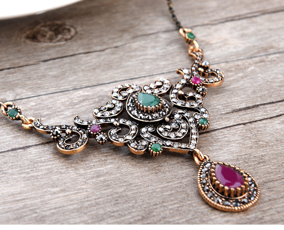 women\`s-vintage-jewelry-sets-of-wedding_05