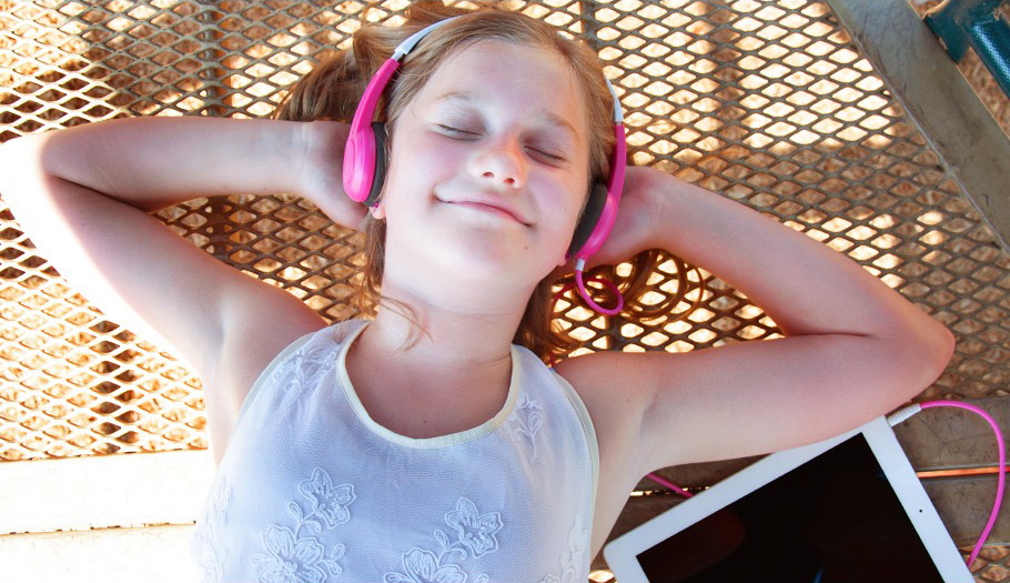 MEE audio KidJamz KJ25 Safe Listening Foldable Children Headphones Portable 3.5mm Earphone for Kids headsets<br><br>Aliexpress