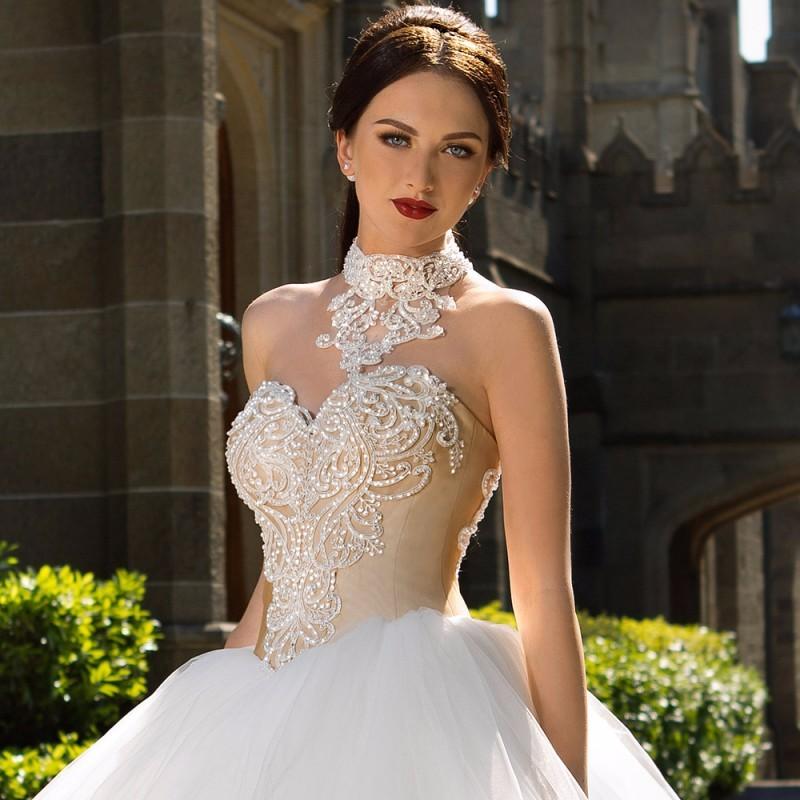 Fashionable-Ball-Gown-Wedding-Dress-2016-Vintage-Vestido-De-Noiva-Sexy-Off-the-Shoulder-Halter-Neck (2)