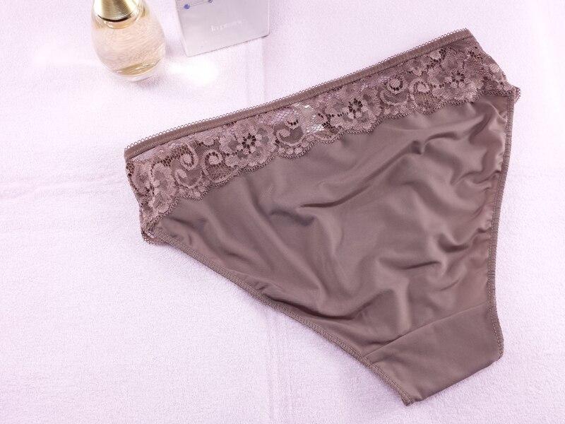 Plus Size Bra Set 3D Air Mesh Breath Underwear Full Cup Minimizer Women Lingerie Lace Intimates Ladies Bra and Panty Set Quality 32