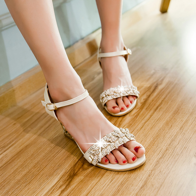 Big size 34-43 women shoes sandals fashion Crystal Ankle Strap Carved heel sandals pumps Sweet style Wedges shoes for woman<br><br>Aliexpress