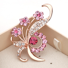MZC 2017 Enamel Pins Elegant Flower Rhinestone Brooches High-Grade Lovely Crystal Broch Costume Brooch  Fashion Women Jewelry