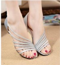 2016 new women sandals in the summer with sandals fish head shoes hollow shoes mom shoes