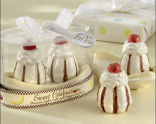 "100sets/lot=200pcs/lot wedding favor + ""Sweet Celebrations!"" Ceramic Banana Split Salt and Pepper Shakers"