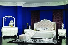 European Style Luxury Classic Design Solid Wood Double Bed 0402