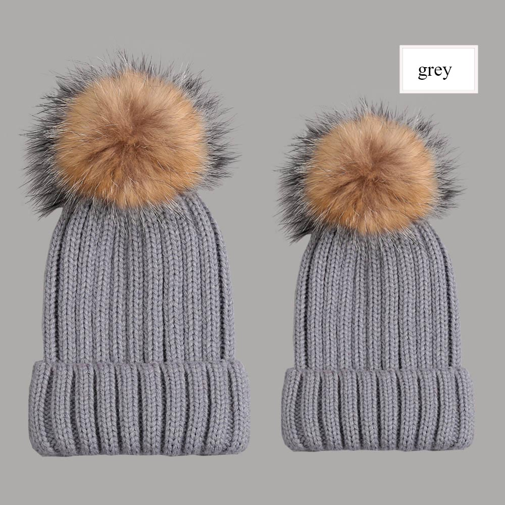 beanies with pompom thick grey