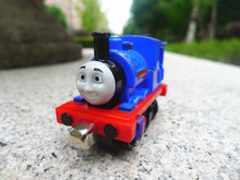 TT03-- Learning Curve Thomas & Friends Take N Play Metal Diecast Sir Handel Toy Train New  Loose