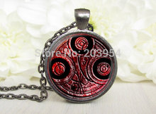 Steampunk 2016 uk drama dr who chain doctor who tardis blood red Necklace 1pcs/lot bronze or silver Glass Pendant jewelry women