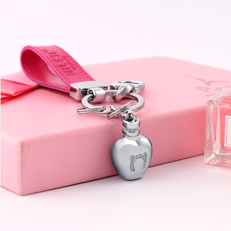 MILESI New Design Creative Keychain Can Send Out Fragrance Handbag Hanging Chain Best Valentine's Gift k0217(China)