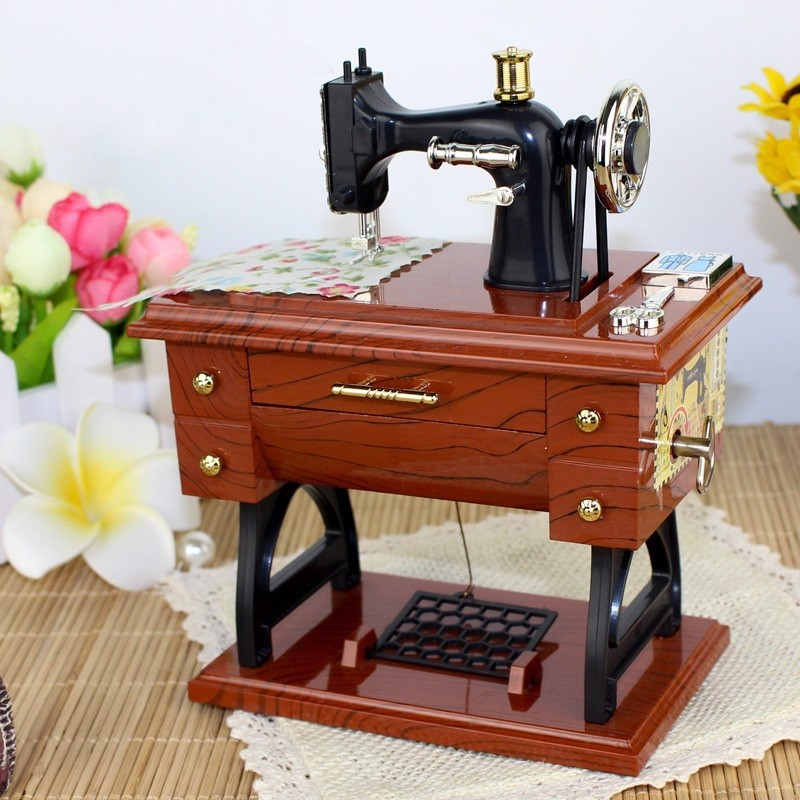 Vintage Treadle Sewing Machine Music Box Mini Sartorius Toy Personality Birthday Gift Decor Clockwork Style Musical Toy(China (Mainland))