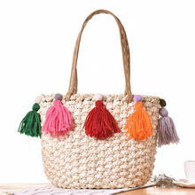 ADIYATE Tassel Straw Shoulder Bags Cheap Women O Bags Flowers Beach Bag Sac Paille Fabric Beach Bolsa Large Straw Bucket Bolsa