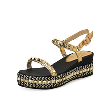 Summer Genuine leather Rivet Sandals Flat Platform with Shining Straw Shoes Buckle Strap Casual Shoes Silver Gold 33-43 LBL05C