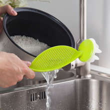 Creative Kitchen Gadgets Rice Wash Tool Multi Function Practical Plastic Rice Washing Colanders Strainers