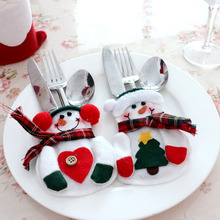 6 pcs Xmas Decor Lovely Snowman Kitchen Tableware Holder Pocket Dinner Cutlery Bag Party Christmas table decoration cutlery sets