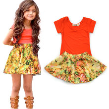 Girls' Wear 2017 Summer Europe and the United States V - neck short - sleeved T - shirt + floral skirt two - piece(China)