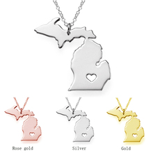 (12pc/lot) Free Shipping Heart Jewelry New Unique Design Gold Color Stainless Steel USA Michigan State Map Necklace for Unisex