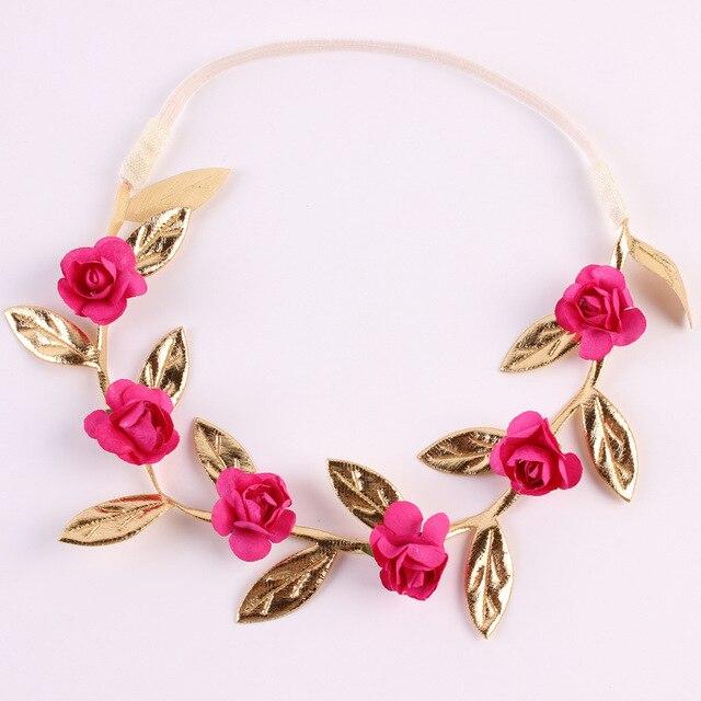 Corona florar rosada para el cabello