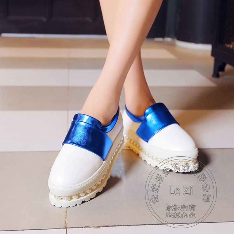 Solid Color Japanned Leather Platform Beauty Brand Shoes Woman Plain Eru 34-39 Two Tone Womens Shoes Stacked Heel Pu Hologram<br><br>Aliexpress