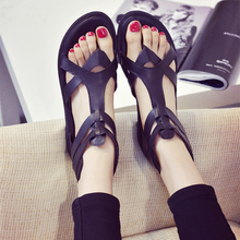 2016 Rome British newest summer women flat soft bottom thong sandals back zippers suite toe retro girls gladiators sandals shoes