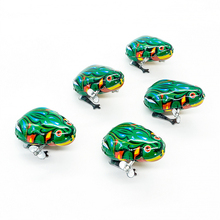 1Pc Children Baby Classic Tin Wind Up Clockwork Toys Jumping Frog Vintage Toys Educational Action Figures Novelty Gifts(China)