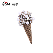 KISS ME Personalized Alloy Vintage Brooch Geometric Imitation Pearl Crystal Brooches for Women Christmas Jewelry