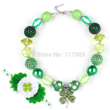 2017 1Set St Patrick Day Shamrock Chunky Bubbelgum Necklace with Headband Green Leaf Pendant Kids Children Necklace Dress Up
