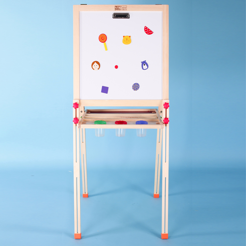 Children-drawing-board-wood-easel