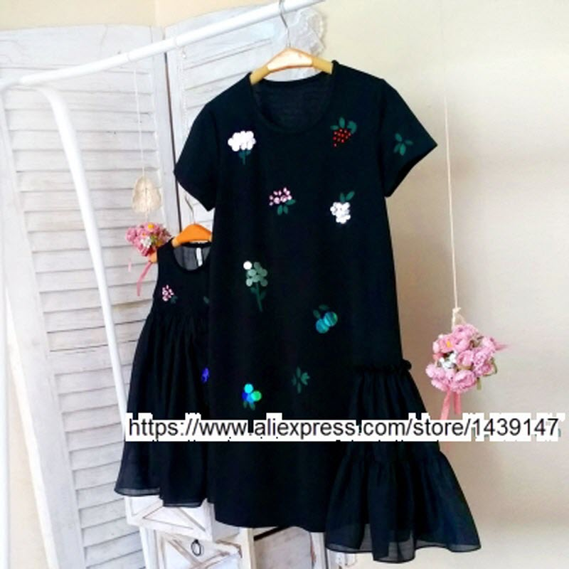 Family fitted Fashion Family clothing Mom and daughter female women girl dress hand-sequined princess dress Large size 3XL 4XL<br>