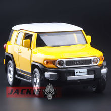 High Simulation Exquisite Diecasts & Toy Vehicles: Caipo Car Styling TOYOTA Cruiser FJ Off-Road SUV 1:32 Alloy Diecast Car Model