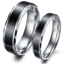 1PC(only one) Stainless Steel Couple Rings Bright Silver Tone Simple Style Black Women Men Jewelry Fashion Lover Gifts Size 5-10