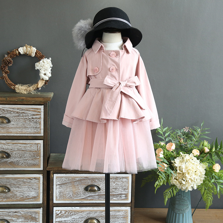 Girls autumn 2017 new style dress suit girls sleeveless dress yarn with short section of a single buckle windbreaker two sets<br>