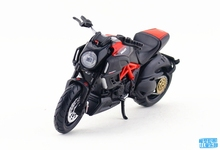 Brand New Maisto 1/18 Scale Motorbike Model Toys Ducati Diavel Carbon Diecast Metal Motorcycle Model Toy For Gift/Kids